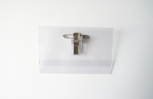 Porte-badge conférence professionnel semi rigide (86x54mm) idéal pour salon et représentation