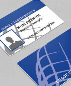 impression-carte-pvc-badge-événementiel-bleu-nominatif-avec-photo