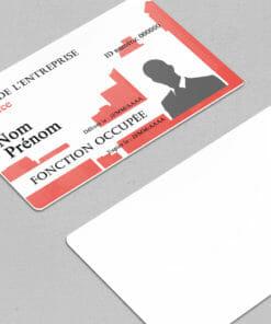 impression-carte-pvc-modèle-badge-à-imprimer-nominatif-rouge-avec-photo