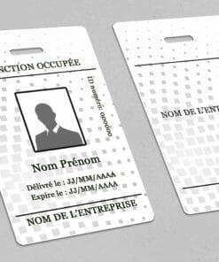 badge production à personnaliser et imprimer dès l'unité chez cardzprinter