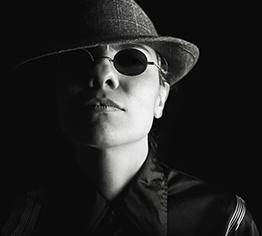 personnalisez votre badge de détective en quelques clics à partir de 2€