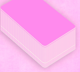badge de couleur rose à personnaliser en ligne vous-même facilement