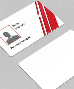 impression de badge personnalisé avec photo et informations nominatives
