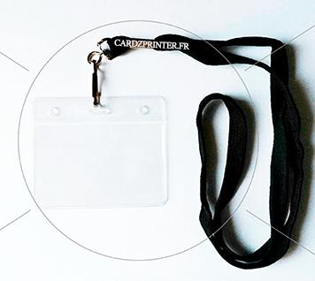 porte badge souple transparent, perforation européen et ronde, et un tour de cou noir accroche mousqueton