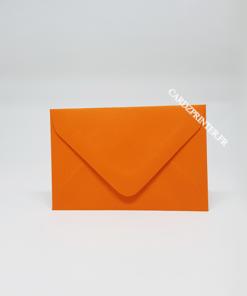 Emballage carte cadeau de couleur orange