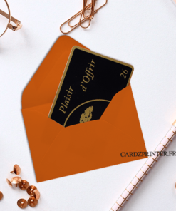 Enveloppe papier orange dimension 93x62mm pour carte plastique pvc à offrir