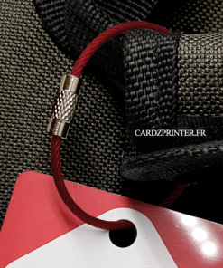 ravissante sangle rouge à utiliser pour attacher votre étiquette bagage enfant